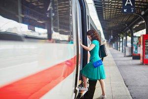 ir en tren