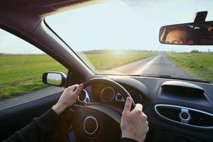 conducir un coche