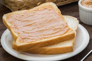 el sándwich de mantequilla de maní
