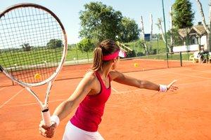 practicar deporte