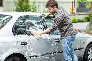 lava el coche