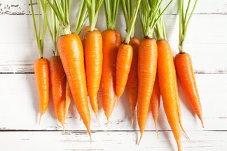 Carrot In Spanish English To Spanish Translation Spanishdict See the translation of zanahoria with audio pronunciation, conjugations, and related words. carrot in spanish english to spanish